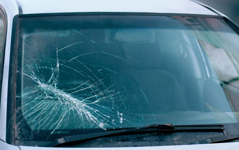 why is automobile safety glass important